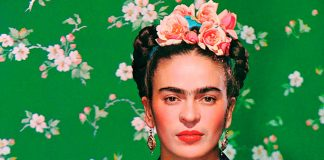 Frida Kahlo barbie